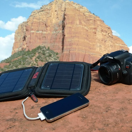 Using Solar Charger For Smartphone